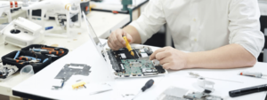 modern prodigy disassembling electronics 300x113 - computer-doctor-bg-disassembling-laptop